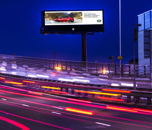Photo of the Parkway Tower digital billboard on the A312 Parkway close to London's Heathrow Airport